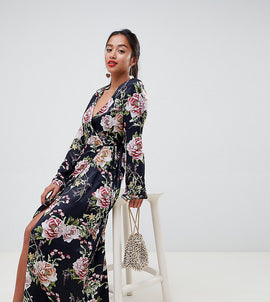 ASOS DESIGN Petite wrap maxi with long sleeve in navy floral print - Multi