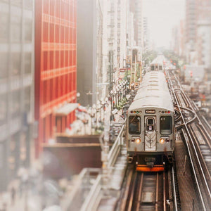 Around the Loop | Brown Line Train & CNA Building - Tracey Capone Photography