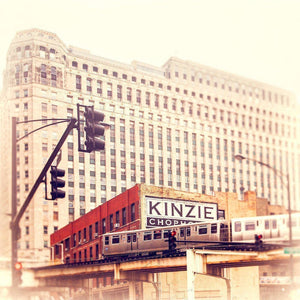 Kinzie | CTA Train & Merchandise Mart-Tracey Capone Photography