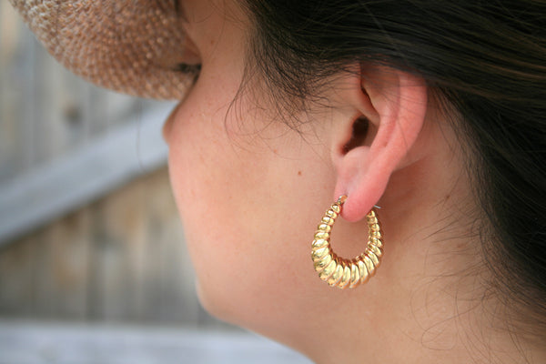 Gold Plate Shrimp Hollow Hoop Earrings