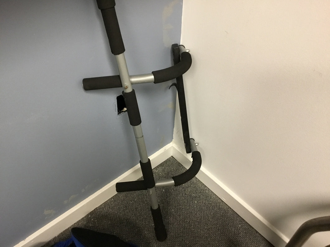 Door Jamb Exercise Bar