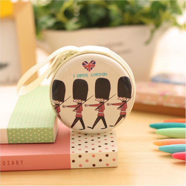 New Fashion Korean Creative Coin Purse British Style Coin Bag Mini Headset Pouch Circular Purse London Soldier Handbag Wallet