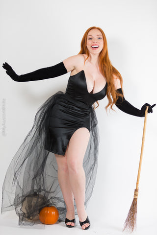 Witchy Witch - 40 HD Photoset!