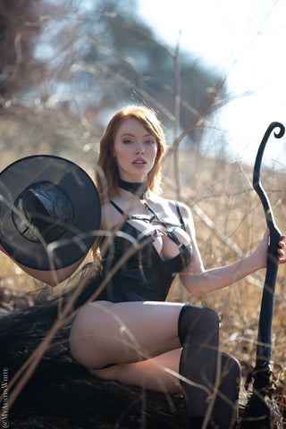 Witch - 43 HD Photoset - Austin White - Austin-White.com