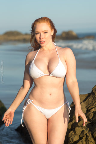 I ditched flounder for the sand 🧜‍♀️ - 34 HD Photoset!