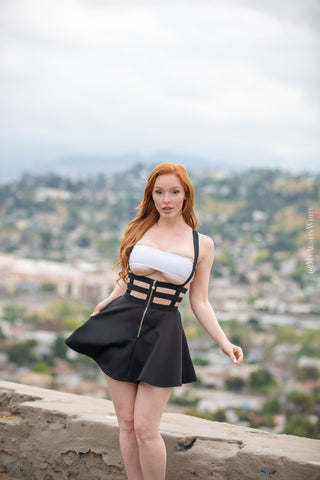 The Backwards Dress - 34 HD Photoset