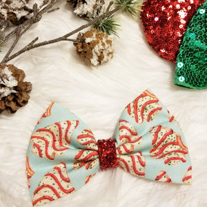 "Vintage Christmas ""Tree Cakes"" // Holiday Christmas Fabric Hair Bow"