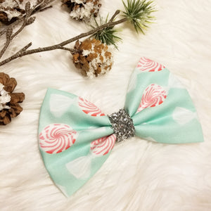 Pink Christmas Peppermints // Holiday Christmas Fabric Hair Bow