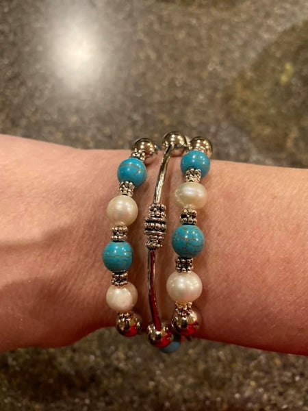 Roaming Oyster Memory Wire Bracelets