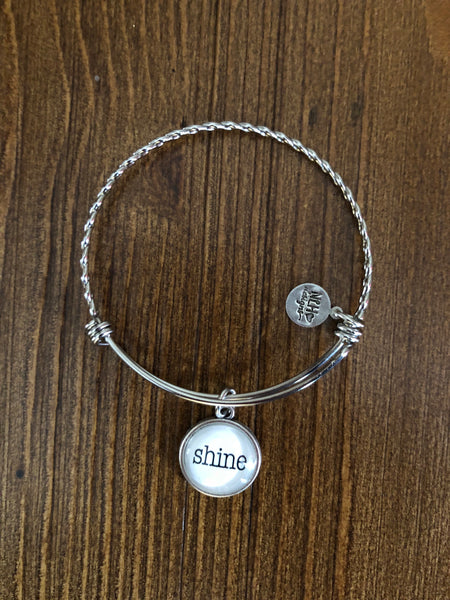 Never Lose Hope Designs Bangle w/ Sentiment