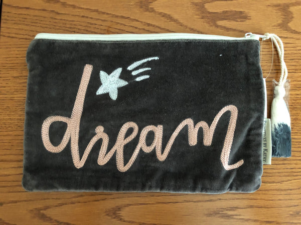 """Dream"" Velvet Zipper Pouch"