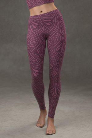 Nouveau Vines Leggings: Plum
