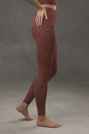 Marbled Peacock Yoga Leggings: Burgundy