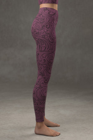Scrollwork Yoga Leggings: Plum