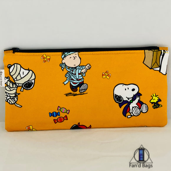 Peanuts Gang Dressup Zip Bag