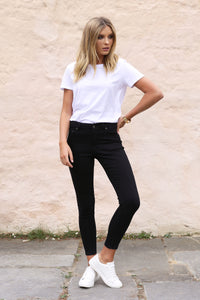 Harper Jeans in Black