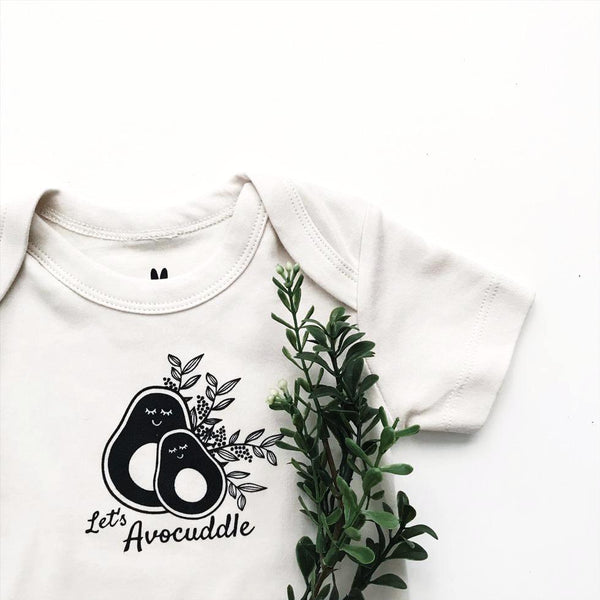 let's avocuddle organic baby clothe close up