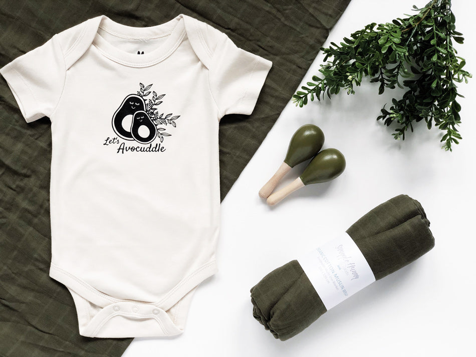 avocuddle baby gift set
