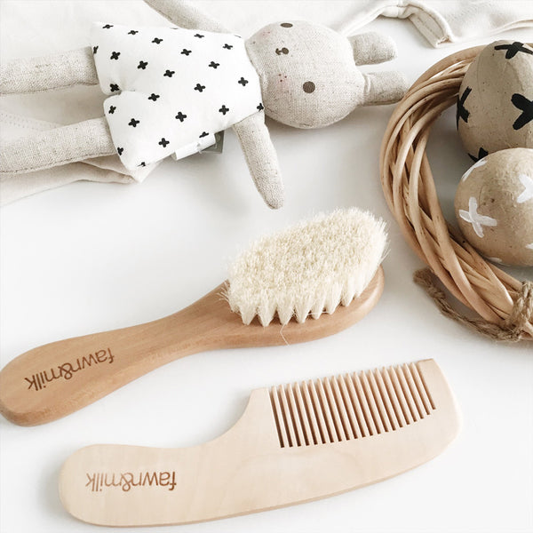 baby brush and comb set with baby bunny toy