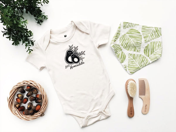 let's avocuddle organic baby gift set