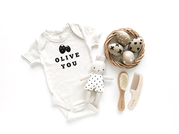 olive you organic baby gift set