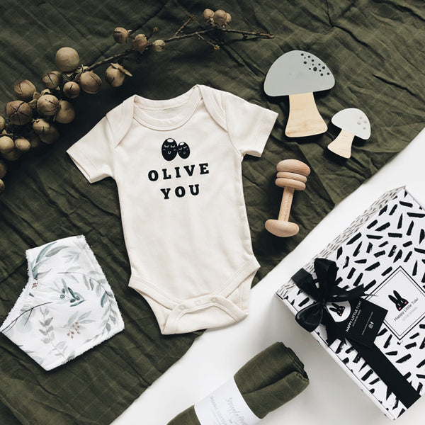 olive you baby gift set