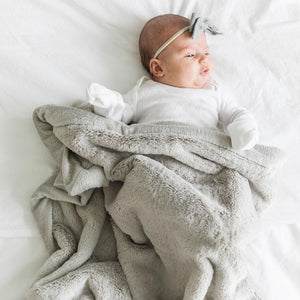 Saranoni Lush Receiving Blanket - Feather