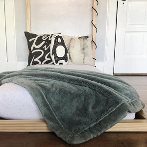 Saranoni Lush Extra Large Blanket - Eucalyptus **CLOSEOUT - Store Pickup Only**