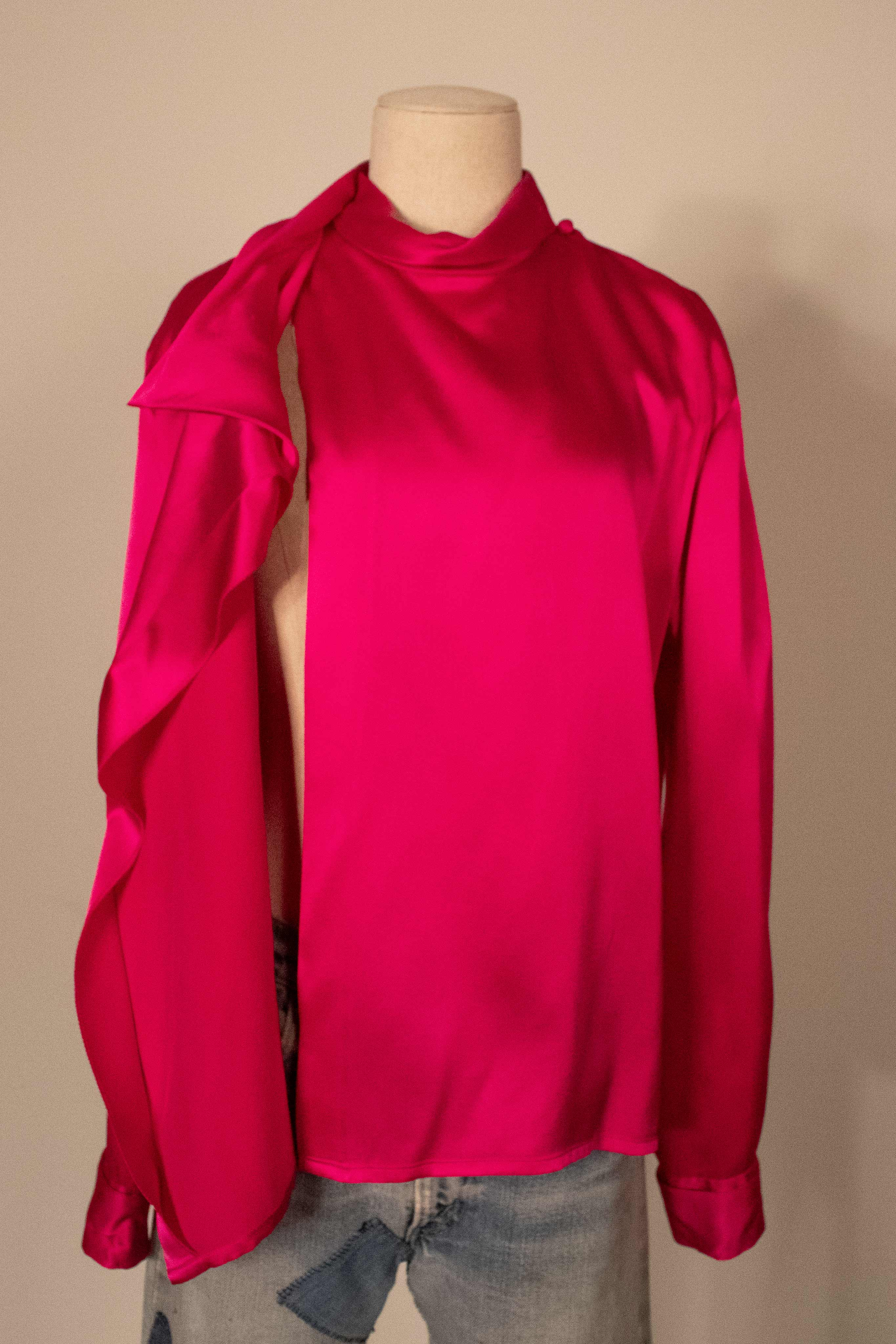 Revillon fuschia silk caplet blouse