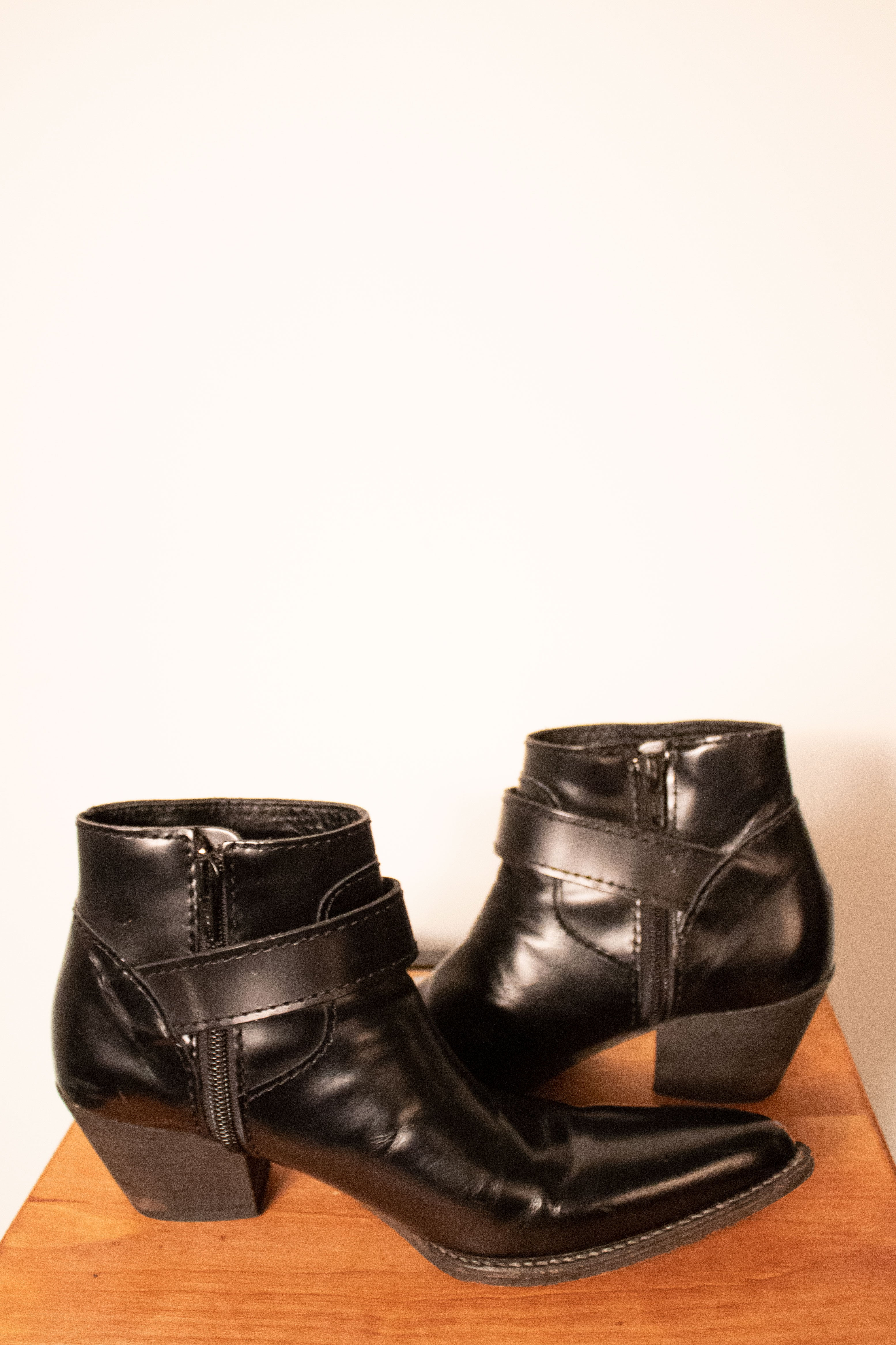 Junya Watanabe black patent leather pointed booties