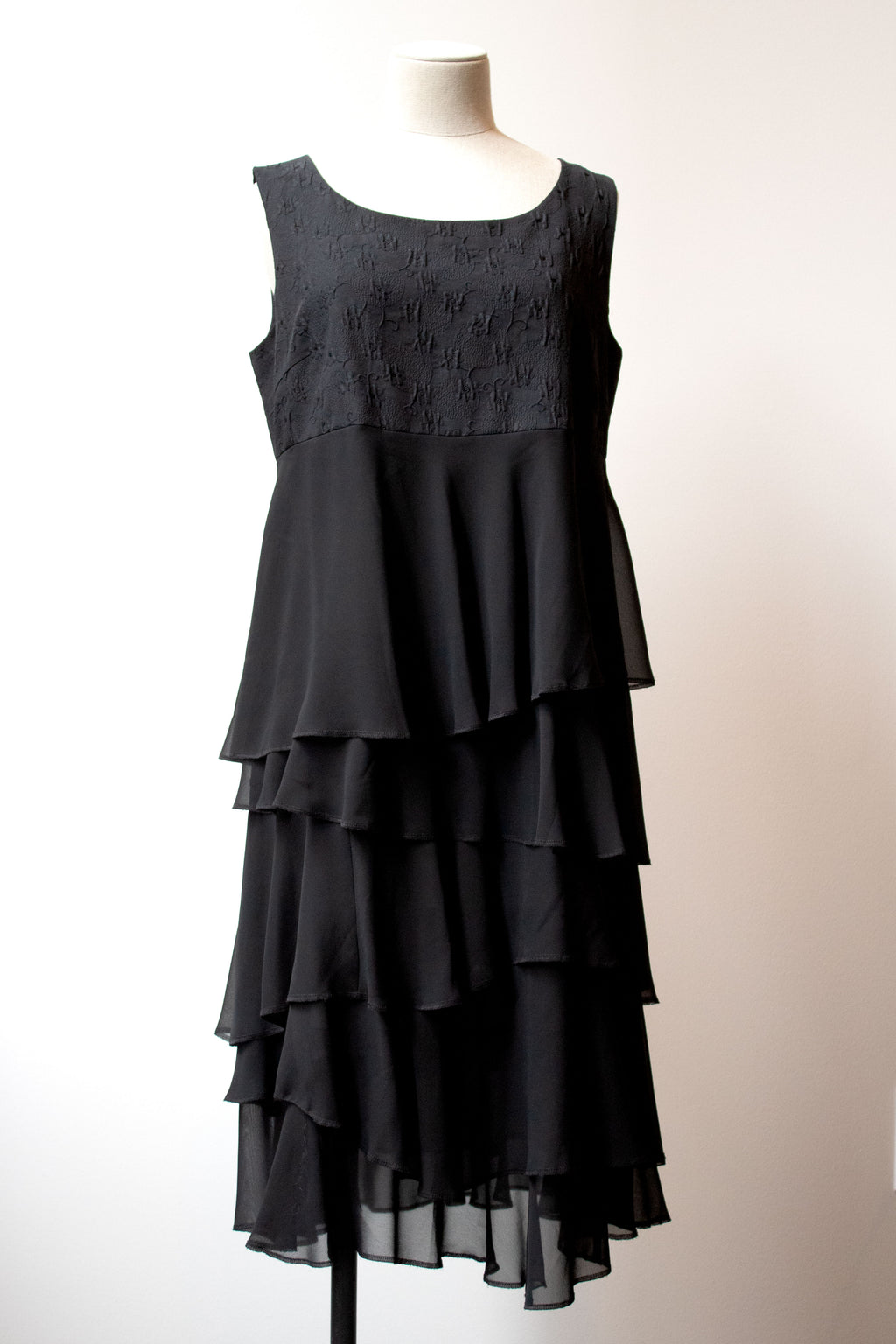 Comme des Garcons Comme des Garcons black tiered sleeveless dress