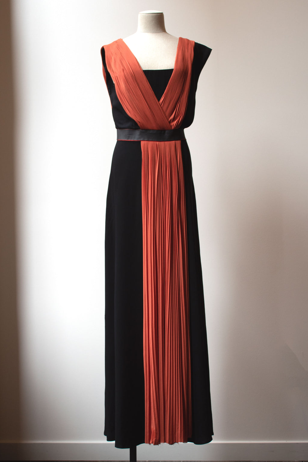 Vionnet bi-color rayon gown