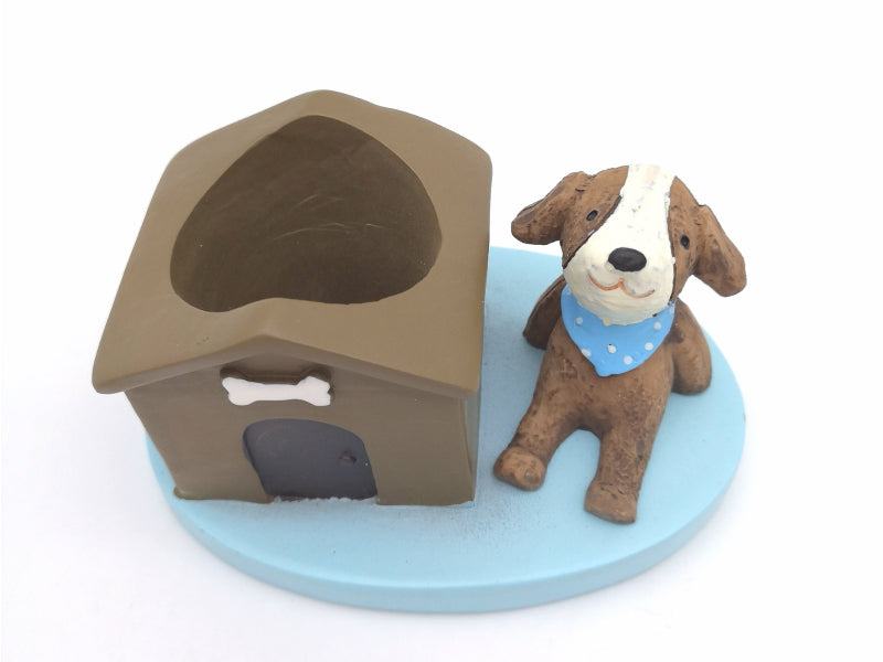 Dog with Kennel