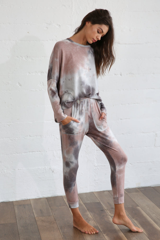 MOCHA GREY TIE DYE TOP