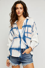 WASHED AWAY PLAID TOP