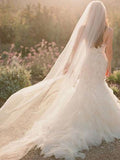 ANGELICA VEIL | Soft Tulle Raw Edge Veil