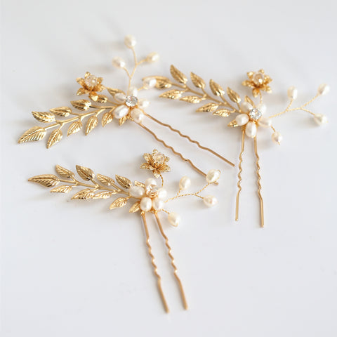 HENRIETTA | Gold Leaf Hair Pins With Freshwater Pearls - The Luxe Bride Co