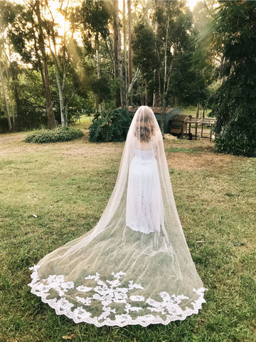 MILANA | Single Layer Lace Applique Cathedral Veil - The Luxe Bride Co