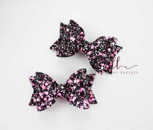 Mini Stacked Sabrina Style Bow || Rocker Girl Glitter