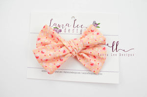 Large Handtied Timber Bow || Peach Floral