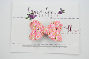 Stacked Winnie Bow Style || Tickled Pink Glitter