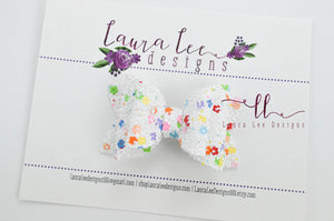Stacked Winnie Bow Style || Flowers Glitter