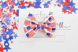 Small Julia Messy Bow Style Bow || Classic American Flag