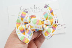 Small Julia Messy Bow Style Bow || Icecream Cones
