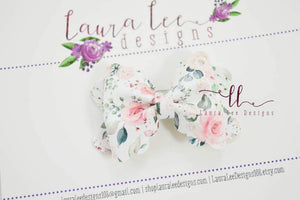 Mini Scalloped Margo Style Bow || Wedding Bouquet