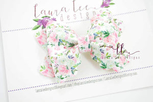 Scalloped Margo Style Bow || Grace Floral