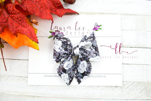 Marlee Bow Style || Monochrome Floral