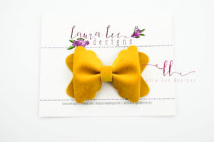 Scalloped Margo Style Bow || Goldenrod Velvet