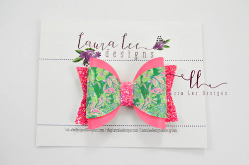 Annie Style Bow || Flamingos on Green
