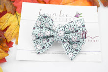 Small Julia Messy Bow Style Bow || Caticorns